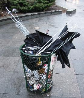 20030411-umbrellas[1].jpg